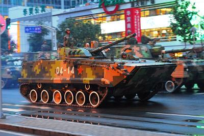 800px-Infantry_fighting_vehicle_during_the_anniversary_parade.jpg